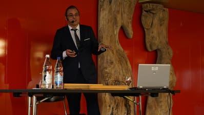 Der Gossauer Stadtpräsident Wolfgang Giella beim Stadtapéro vom Samstag. (Bild: Johannes Wey)