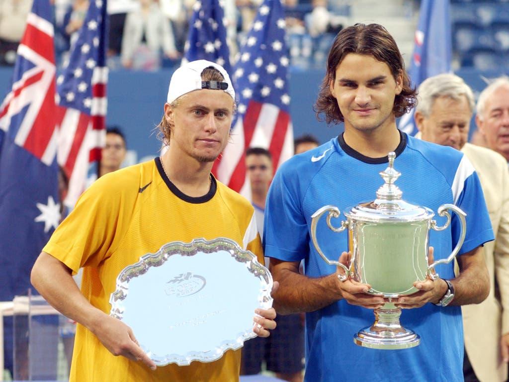 12. September 2004: Seinen 20. Titel holt Federer am US Open mit einer Galavorstellung Lleyton Hewitt (Bild: KEYSTONE/AP/RICHARD DREW)