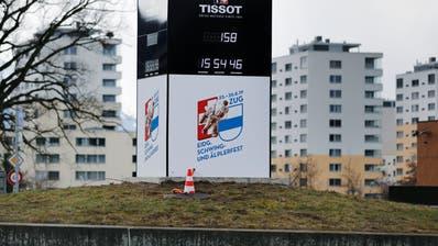 Auf einem der Kreisel an der Nordstrasse zwischen Zug und Baar hat es neu einen Esaf-Coutdown. (Bild: Stefan Kaiser, Zug, 18. März 2019)