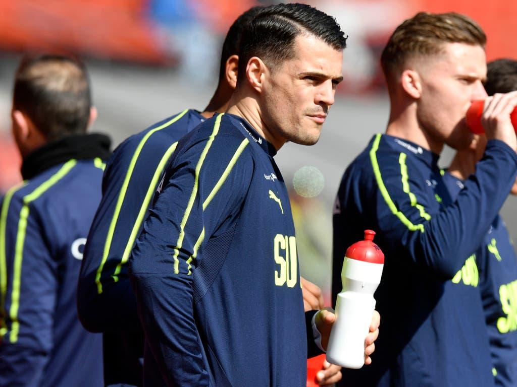 Es ist der Taktgeber im Spiel der Schweizer Nationalmannschaft: Mittelfeldspieler Granit Xhaka (Bild: KEYSTONE/WALTER BIERI)