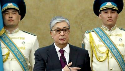 Neuer Präsident von Kasachstan im Amt vereidigt