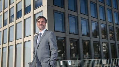 Seit 16 Jahren ist Sebastian Wörwag Rektor der Fachhochschule St.Gallen (Bild: Ralph Ribi).