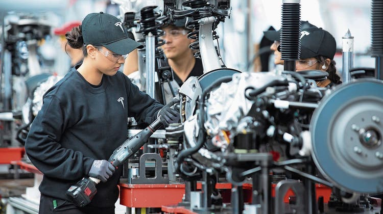 Tesla: Der US-Elektroautobauernimmt immer mehr Fahrt auf
