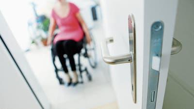 Menschen mit Behinderung wünschen sich im Kanton Zug mehr Autonomie