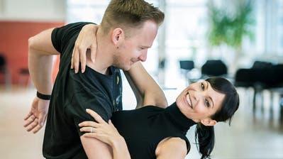 Ex-Miss Schweiz Anita Buri trainiert mit Tanzcoach Michal Vajcikin Frauenfeld für die SRF-Tanzsendung«Darf ich bitten». (Bild: Reto Martin)
