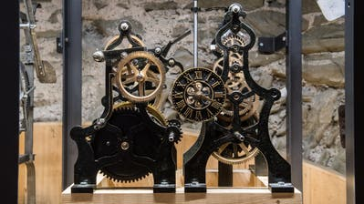 Die Burgerturm-Uhr. (Bild: Boris Bürgisser, Luzern, 26. März 2019)