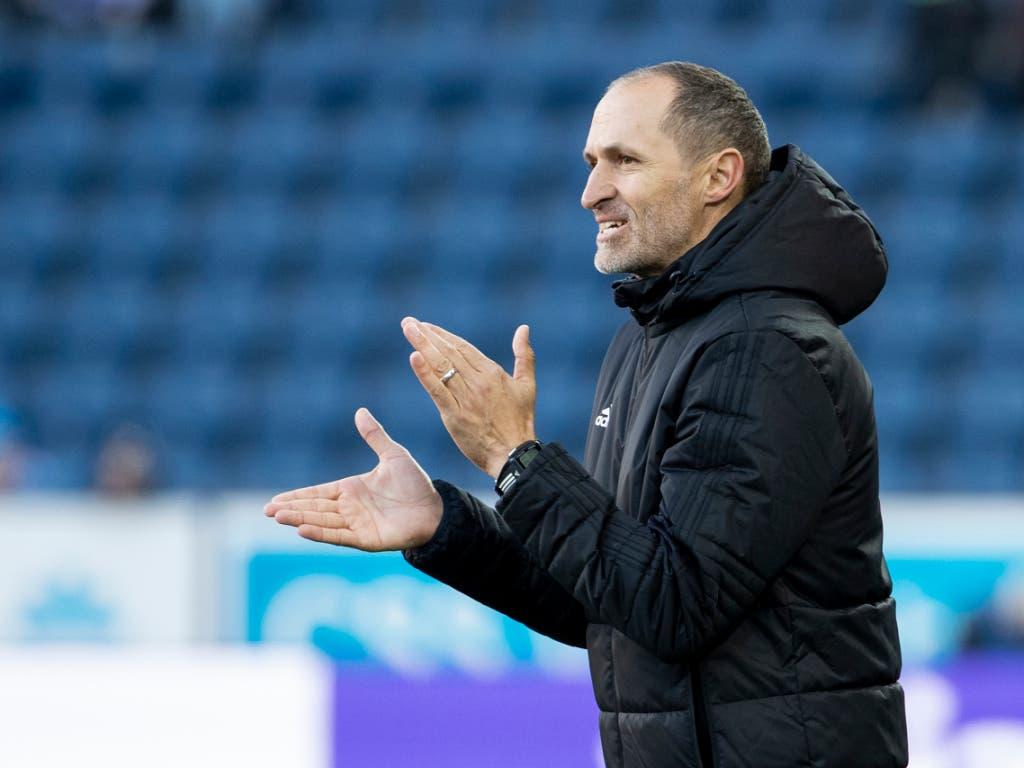 Thomas Häberli kassierte als Trainer des FC Luzern seine erste Niederlage (Bild: KEYSTONE/ALEXANDRA WEY)