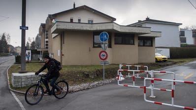 Das alte, von «RäZel» genutzte Stellwerk an der Horwerstrasse 14 (Bild: Boris Bürgisser, Luzern, 2. Februar 2019)