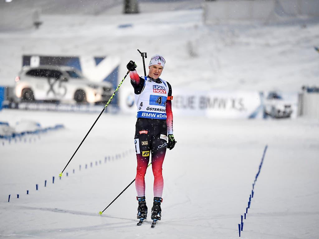 Vetle Sjaastad Christiansen beim triumphalen Zieleinaluf für Norwegen (Bild: KEYSTONE/AP TT News Agency/JESSICA GOW)