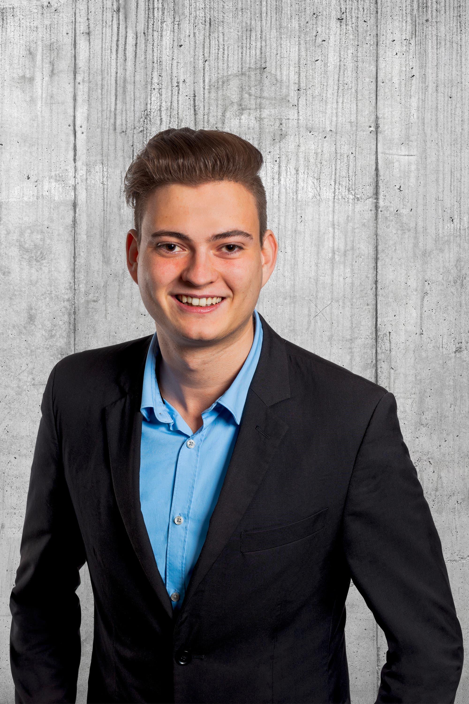 Thomas von Allmen, 22, Gisikon.