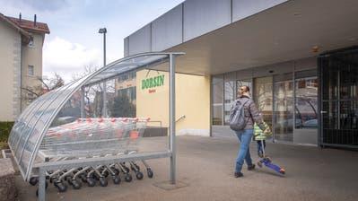 Die Einkaufwagen bleiben orange: Der Dorsin Marktet hat in Bruggen eine Filiale eröffnet. (Bild: Urs Bucher - 8. April 2019)