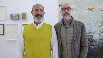 Nach fünf Jahren ist Schluss in Eschlikon: Die Galeristen Jordanis Theodoridis (links) und Werner Widmer brechen auf zu neuen Horizonten. (Bild: Rolf Hürzeler)