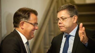 Peter Schilliger (FDP, links) und Franz Grüter (SVP) schafften am 18. Oktober 2015 die Wahl in den Nationalrat. (Bild: Boris Bürgisser, Luzern)