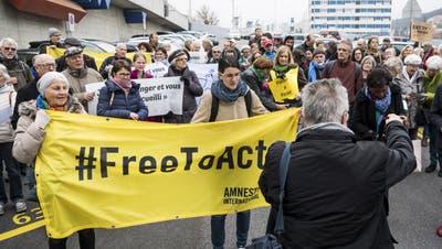 Menschenrechtler solidarisieren sich mit Neuenburger Pfarrer