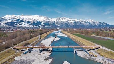 Unterschriftensammlung gegen Rheindamm-Sperre auf Vaduzer Seite