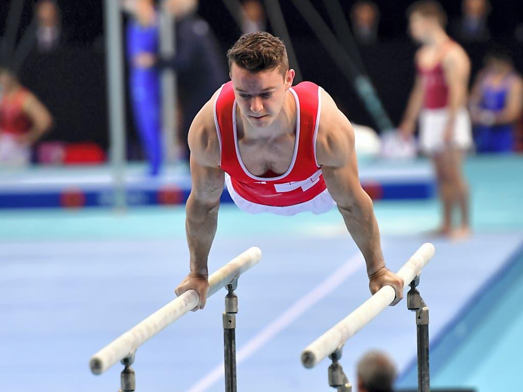 Christian Baumann erfüllte mit dem 6. Platz im Barrenfinal die Erwartungen (Bild: KEYSTONE/EPA PAP/MARCIN BIELECKI)