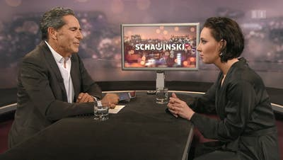 Roger Schawinski und Salomé Balthus während der Sendung, die vor einer Woche ausgestrahlt wurde. (Bild: Screenshot SRF)