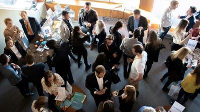 Event hilft Hochschulabgängern bei der Berufswahl
