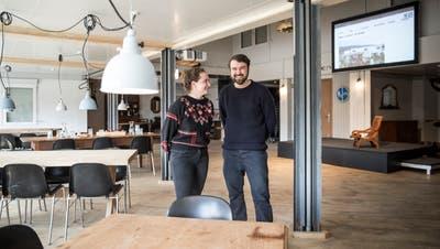 Köchin Denise Huber und Betreiber Yavuz Tunakanim Eventlokal Magazin. (Bild: Manuela Jans-Koch, Emmen, 17. April 2019)