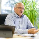 Ruedi Zbinden, Gemeindepräsident von Bussnang, in seinem Büro. (Bild: Donato Caspari)