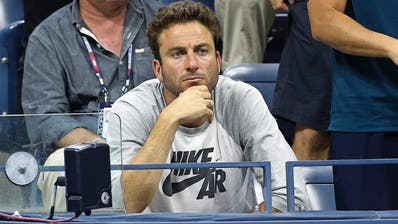 Justin Gimelstob verfolgt eine Partie an den US Open. (Bild: Jean Catuffe/Getty (New York, 7. September 2015))