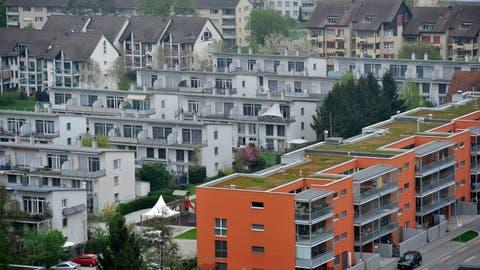 Laut Reglement von 2016 soll die Stadt sich für günstigen Wohnraum einsetzten. Jetzt legt der Stadtrat eine ersten Bericht vor. NeuMehrfamilienhäuser in Frauenfeld. (Bild: Reto Martin)