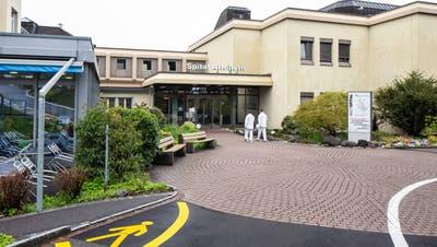Am 19. Mai wird über die Zukunft des Spitals Affoltern abgestimmt. (Bild: Patrick Huerlimann, Affoltern am Albis, 25. April 2019)