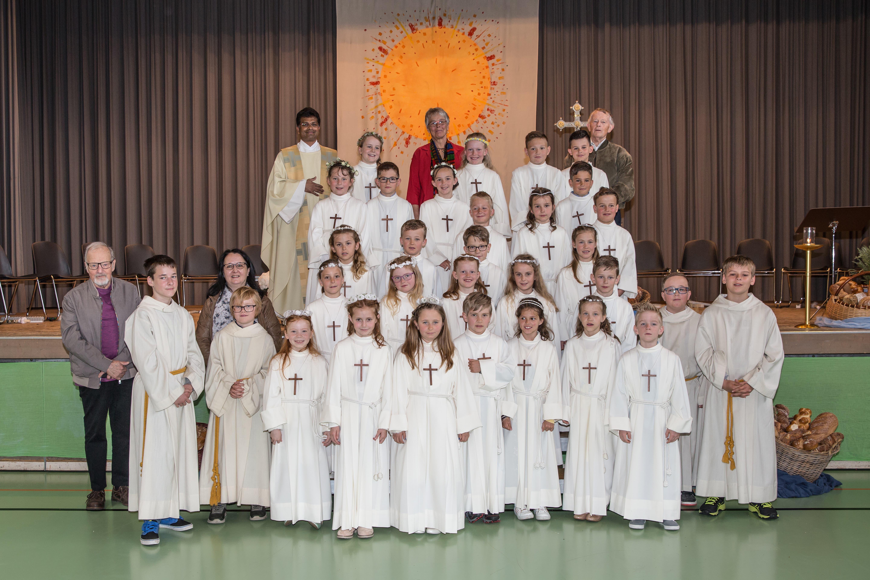 In Seedorf feierten 27 Erstkommunikanten ihren Weissen Sonntag. (Bild: PD)