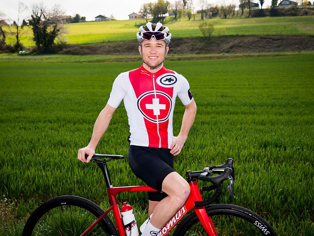 Der Mountainbiker Mathias Flückiger wagt sich für das Schweizer Nationalteam in fremde Gefilde (Bild: KEYSTONE/JEAN-CHRISTOPHE BOTT)