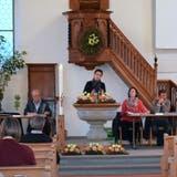 Elisabeth Niffeler führt noch als Vizepräsidentin durch die Versammlung in der evangelischen Kirche Schönholzerswilen. (Bild: Susanna Ribi)