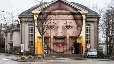 Rekurs und Online-Petition: Das Graffiti an der Offenen Kirche soll bleiben