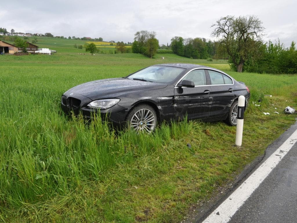 Der 25-jährige Autolenker musste seinen Führerausweis auf Probe abgeben. (Bild: Handout Kantonspolizei Aargau)