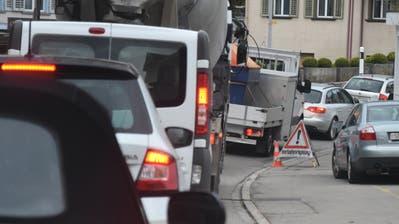 Wegen Bauarbeiten auf der Umfahrung rollt der Verkehr durch Lichtensteig
