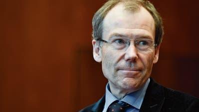 Der HSG-Professor mit Raiffeisen-Problemen schweigt beharrlich