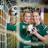 Laura Schmitt (links) und Kerstin Kündig sind auf dem Weg zurück zu alter Stärke. (Bild: Ralph Ribi)