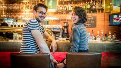 Oskar Hölderlin aus Ermatingen (23) und seine Freundin Atlanta Miaja Pérez (22) aus Konstanz sind ein Paar. (Bild: Andrea Stalder)