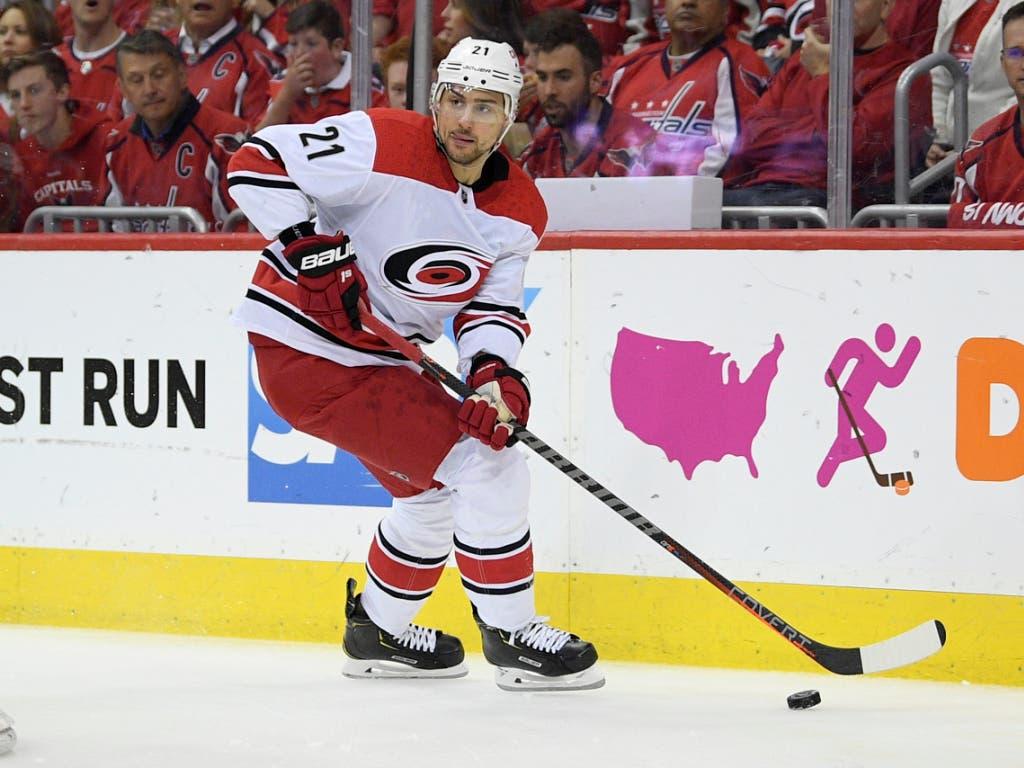 Und weitere Verstärkung naht: Nino Niederreiter stösst aus den NHL-Playoffs spätestens am Montag zum Schweizer Team. Am Dienstag gegen Tschechien wird er erstmals spielen. (Bild: KEYSTONE/FR67404 AP/NICK WASS)