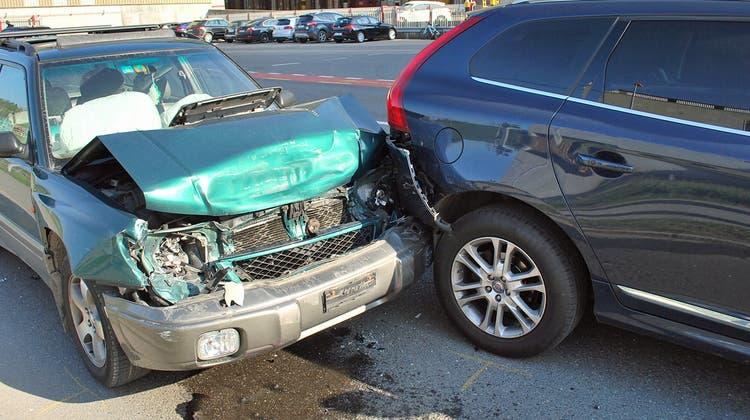 Drei Autos waren in die Auffahrkollision verwickelt. (Bild: Luzerner Polizei)