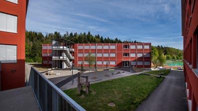Das Provisorium beim Schulhaus Erlen. (Bild: Eveline Beerkircher, Emmenbrücke, 24. April 2019)