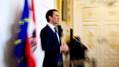 Steht Österreichs Bundeskanzler Sebastian Kurz das Aus bevor? (Bild: EPA/Christian Bruna)