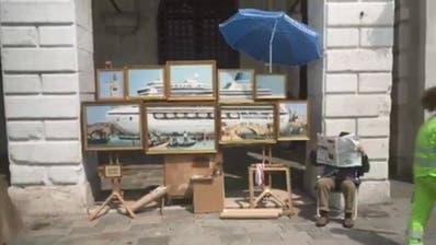 Hat sich Banksy an die Biennale geschlichen? Video zeigt Künstler in Venedig