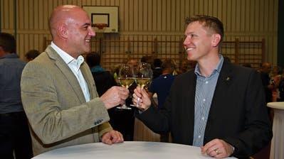 Gemeindepräsident Andreas Diethelm behält ein Stück Hefenhofen bei sich