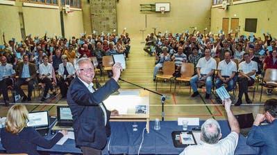 Schluss nach der Siebzehnten: Fischingens Gemeindepräsident Willy Nägeli leitet seines letzte Versammlung