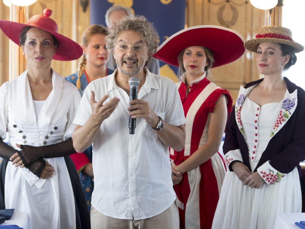 Daniele Finzi Pasca ist der künstlerische Direktor und Regisseur des Freilicht-Schauspiels 2019. Der Tessiner inszenierte unter anderem Shows für den Cirque de Soleil. (Bild: Keystone/LAURENT GILLIERON)
