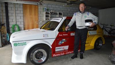 Seit 2002 ein Team: Rennfahrer René Bilger und sein WV Golf GTI. (Bild: Zita Meienhofer)