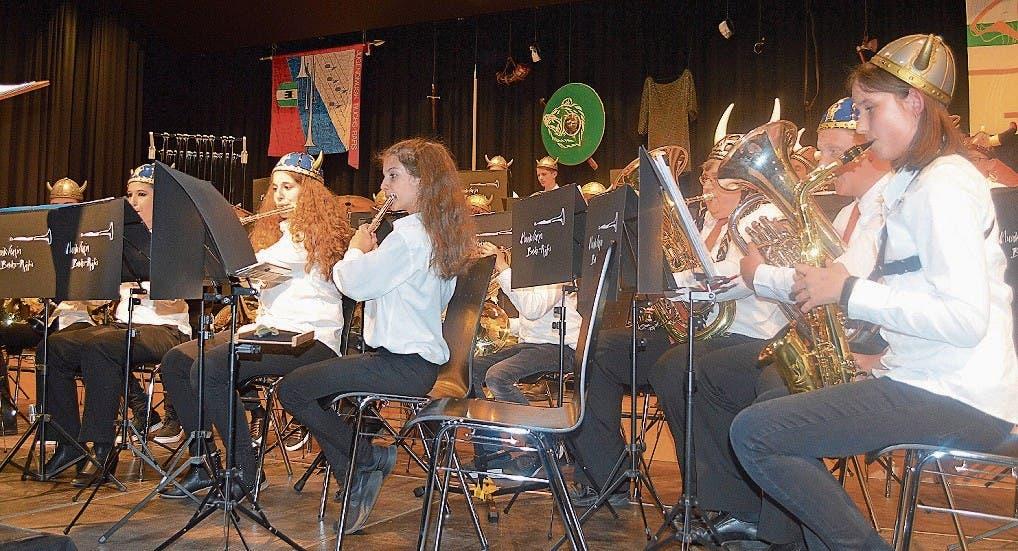 Die Jugendmusik Buchs-Räfis überzeugte das Publikum mit ihrem Auftritt an der Unterhaltung.