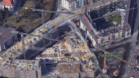 Die Himmelrich- und Tödistrasse sollen mit Bäumen und Kiesbelag verschönert werden. Am linken Rand sieht man die Neubausiedlung der ABL. (Grafik: ABL)