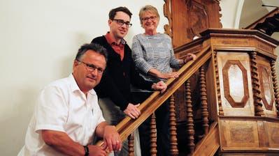 Kirchenpfleger Erwin Greminger, Pfarrer Jann Flütsch und Präsidentin Stefanie Stuckert. (Bild: Sabrina Bächi)