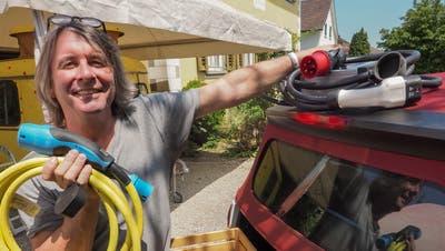 Gerold Huber träumt von einem Nostalgie-Wohnwagen-Hotel. (Bild: Peter Hummel)