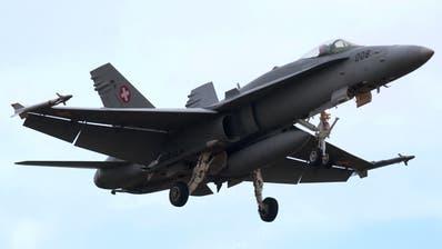 Eine F/A-18-Kampfjet der Schweizer Luftwaffe. (Bild: KEY)